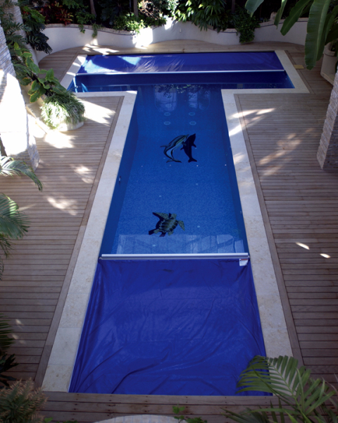 L Shaped Swimming Pool Layouts: Aquamatic Cover Systems